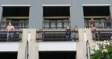 Rekonstruksi Pembunuhan Polisi, Wisatawan Asing Nonton dari Balkon Hotel