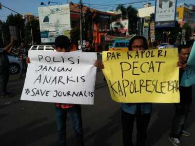 Wartawan Gelar Aksi Solidaritas Mengutuk Arogansi Oknum Polisi di Lebak