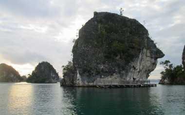 Ingin Tahu 30 Destinasi Unggulan Wisata Bahari Indonesia? Inilah Daftarnya!