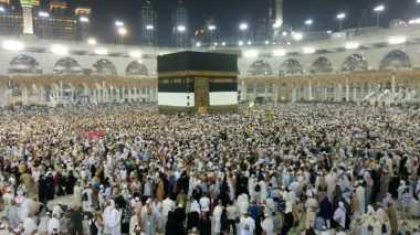 Jelang Puncak Haji, Jamaah Mulai Menahan Diri