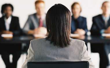TOP FAMILY: Suka Berpindah Kerja? Waspada pada Karier Anda