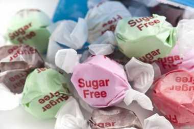 Berhenti Percayai 4 Mitos tentang Gula Ini