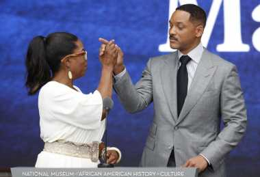 Peresmian Museum, Will Smith dan Oprah Winfrey Duet Sajak Afrika