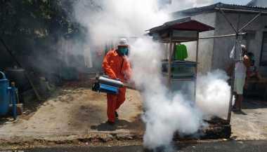 Rescue Perindo Gelar Fogging ke Ratusan Rumah Warga di Semarang