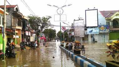 Pemprov Siapkan Tiga Dapur Umum untuk Korban Banjir Sampang