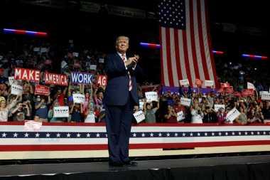 Janji Trump, Turunkan Biaya Kuliah hingga Akui Israel