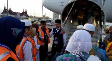 2.705 Jamaah Haji Telah Tiba di Padang