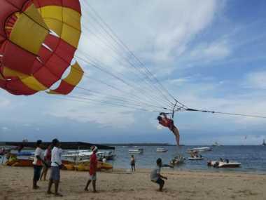 Pecinta Olah Raga Air Wajib ke Tanjung Benoa, Bali