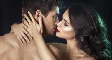 Sstt... Ini Manfaat Tak Terduga Ciuman yang Bergairah