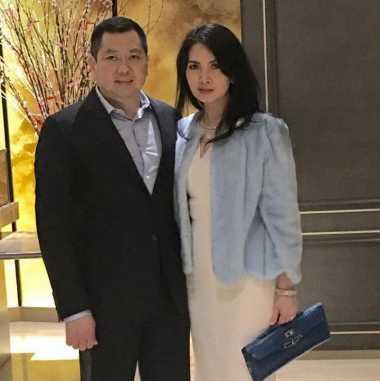 Penampilan Elegan Keluarga Hary Tanoesoedibjo di Pesta Ulang Tahun