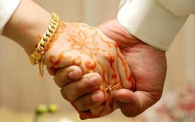 Bosan dalam Pernikahan? Intip Saja Ajaran Islam agar Bahagia