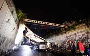 Polda Metro Libatkan Puslabfor Selidiki Penyebab JPO Ambruk