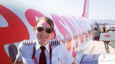 Pilot Termuda di Dunia Ada di London