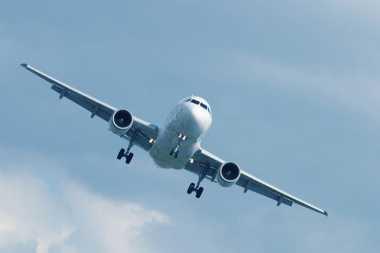 Ini Alasan Mengapa Maskapai Penerbangan Berwarna Putih!
