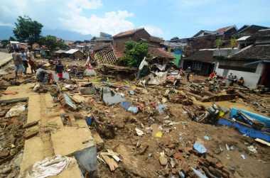 BNPB Minta Tanggap Darurat Bencana Banjir Bandang Garut Diperpanjang