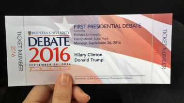 350 Mahasiswa Dapat Tiket Nonton Debat Capres AS di Hofstra University