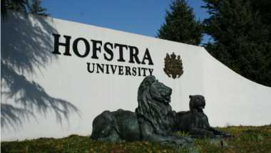 Alasan Debat Capres Amerika Dihelat di Hofstra University