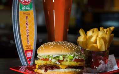 Wah, Ada Minuman Bir Rasa Burger, Penasaran?