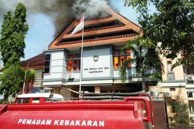 Tiga Remaja Jadi Tersangka Pembakaran Gedung DPRD Gowa