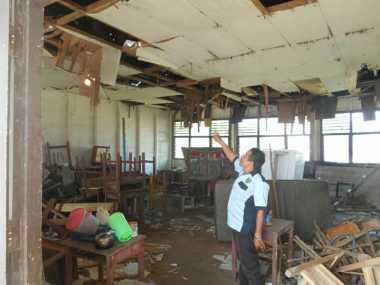 Miris, Bangunan SMP 1 Jabiren Nyaris Ambruk