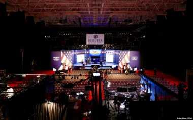 500 Mahasiswa Hofstra University Jadi Volunteer di Debat Capres AS