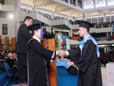Cerita Mahasiswa Asal Yaman Raih Master dalam Tiga Semester