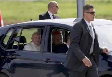 Lagi, Mobil Pernah Dipakai Paus Fransiskus Dilelang