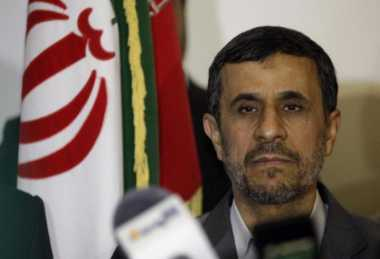Patuhi Pemimpin Tertinggi Ahmadinejad Batal Nyapres