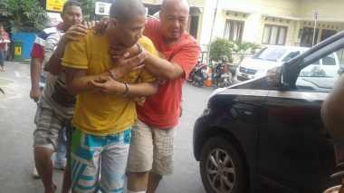 Berontak, Dua Rampok Nasabah Bank Ditembak