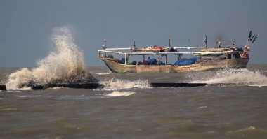 Cuaca Ekstrem, Pendapatan Nelayan di Lampung Berkurang
