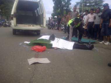 Panik Dikejar, Sopir Truk Pengangkut Kayu Ilegal Tabrak Polisi Hingga Tewas