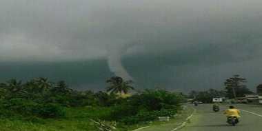 Angin Puting Beliung Terjang Pangandaran, 10 Rumah Rusak