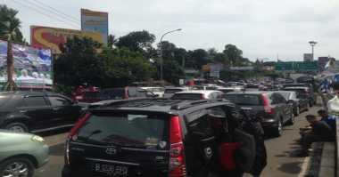 Pengecoran Jalan Picu Macet 5 KM di Jalur Bogor-Ciawi-Sukabumi