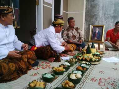 Warga Pulau Rempang Gelar Ruwatan Nagari di Dekat Rumah Jokowi