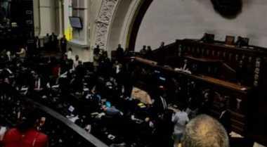 Listrik Gedung Parlemen Venezuela Padam ketika Bahas Sektor Energi