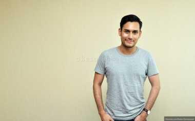 Jaga Tubuh, Arifin Putra Lakoni Weight Training