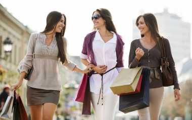 TOP FAMILY: Sulit Menahan Godaan Berbelanja? Ini Dia Sebabnya!