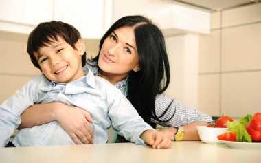Trik Sederhana Melatih Anak agar Peka untuk Minta Maaf