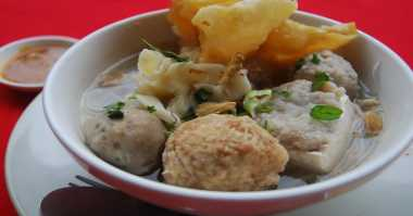 Hari Libur Tidak Usah Makan di Restoran, Bikin Bakso Malang Aja Yuk!