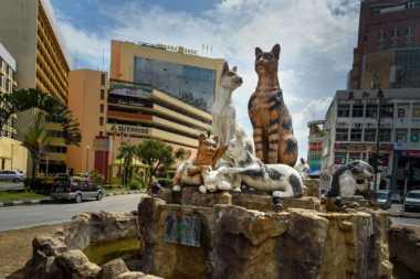 TOP TRAVEL: Jangan Mengaku Penggemar Kucing Kalau Belum ke Tempat Ini