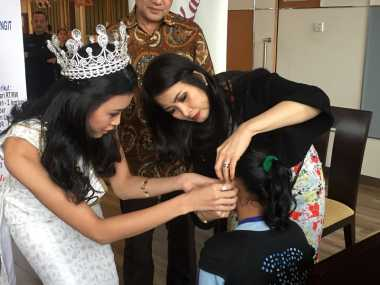 Bentuk Kepedulian Miss Indonesia 2016 kepada Penyandang Tunarungu