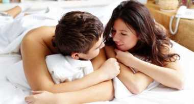 TOP HEALTH 1: Trik Bercinta Hot dengan Wanita Berambut Panjang