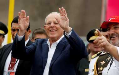 Keluhkan Gaji, Presiden Peru Jadi Bahan Ejekan Warga