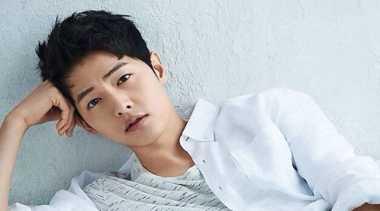 TOP FASHION 3: Apa Rahasia Ganteng Song Joong Ki?