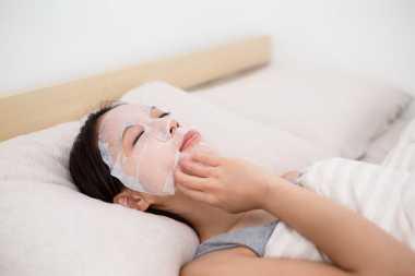 Apakah Perlu Melakukan Facial Secara Rutin?