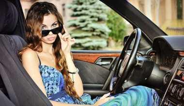 Lima Kebiasaan Wanita yang Tak Disukai Kekasih