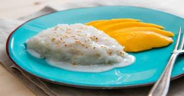 Yuk Bikin Sticky Rice Mango yang Lezat & Gurih