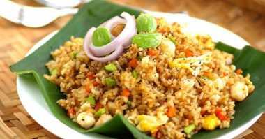 NASI GORENG: Nasi Goreng Batavia Menu Sarapan Nikmat