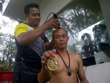 Keceriaan Warna Prosesi Nazar Tim Voli Duduk Jabar Usai Raih Medali Emas