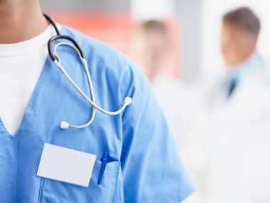HARI DOKTER NASIONAL: Program Pendidikan Dokter Layanan Primer Dianggap Mubazir
